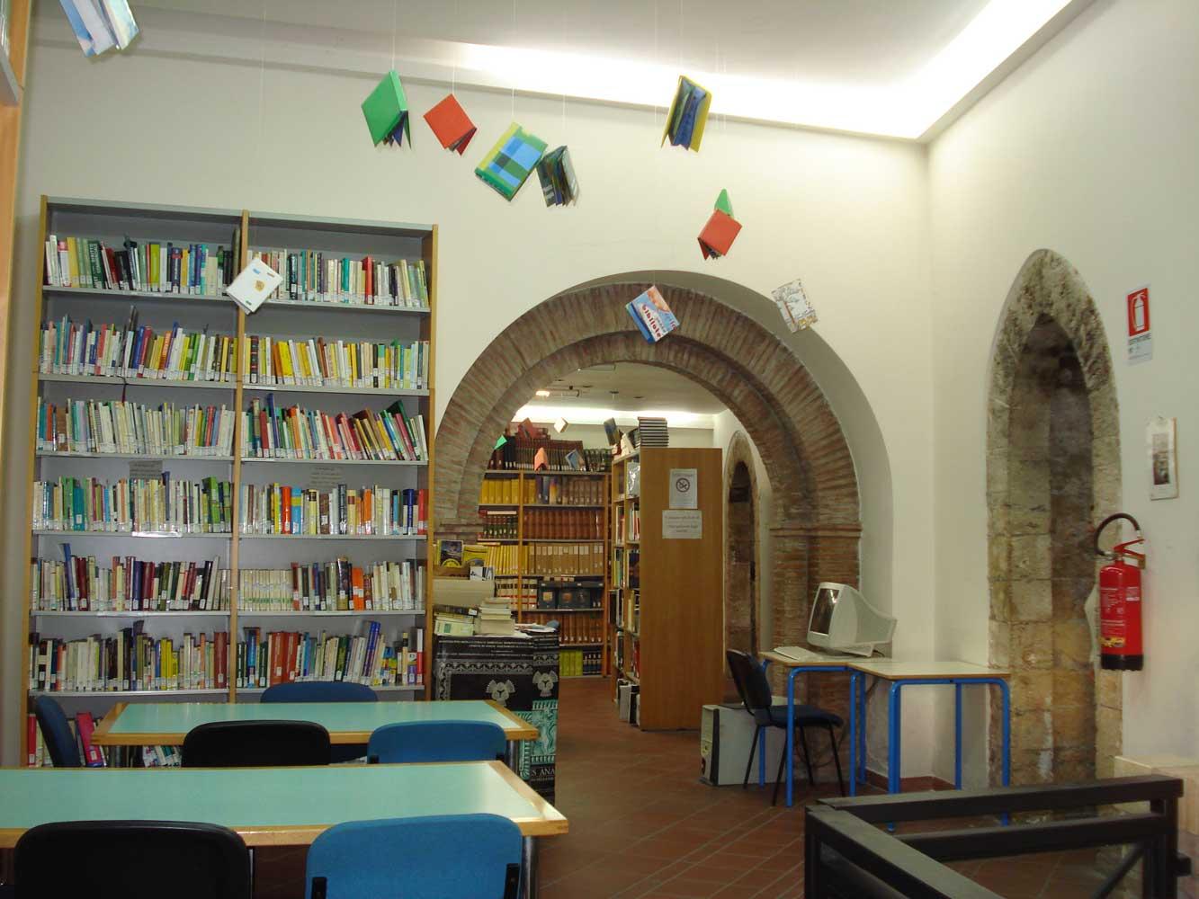biblioteca anagni